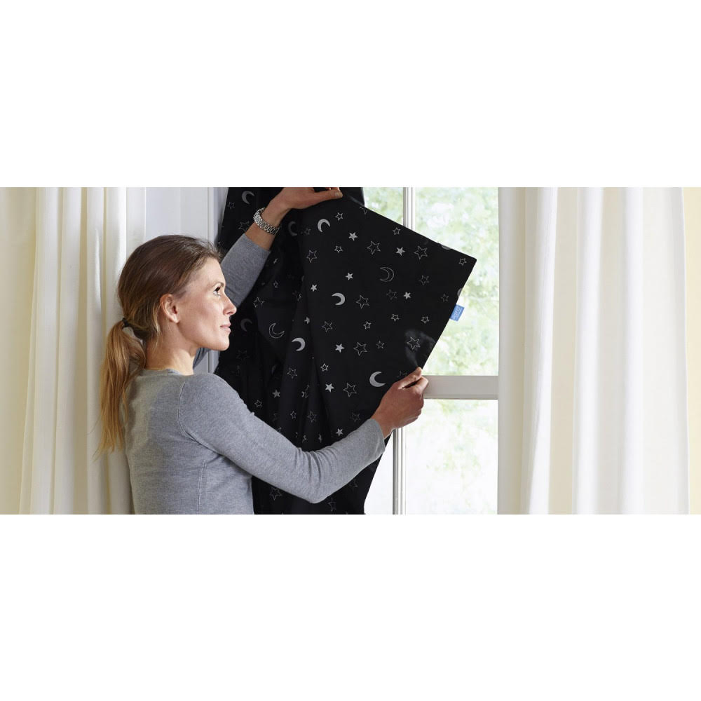 GRO Anywhere Blind from Oyaco Products